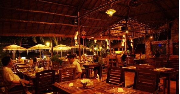 Nhà hàng Vietnam Home