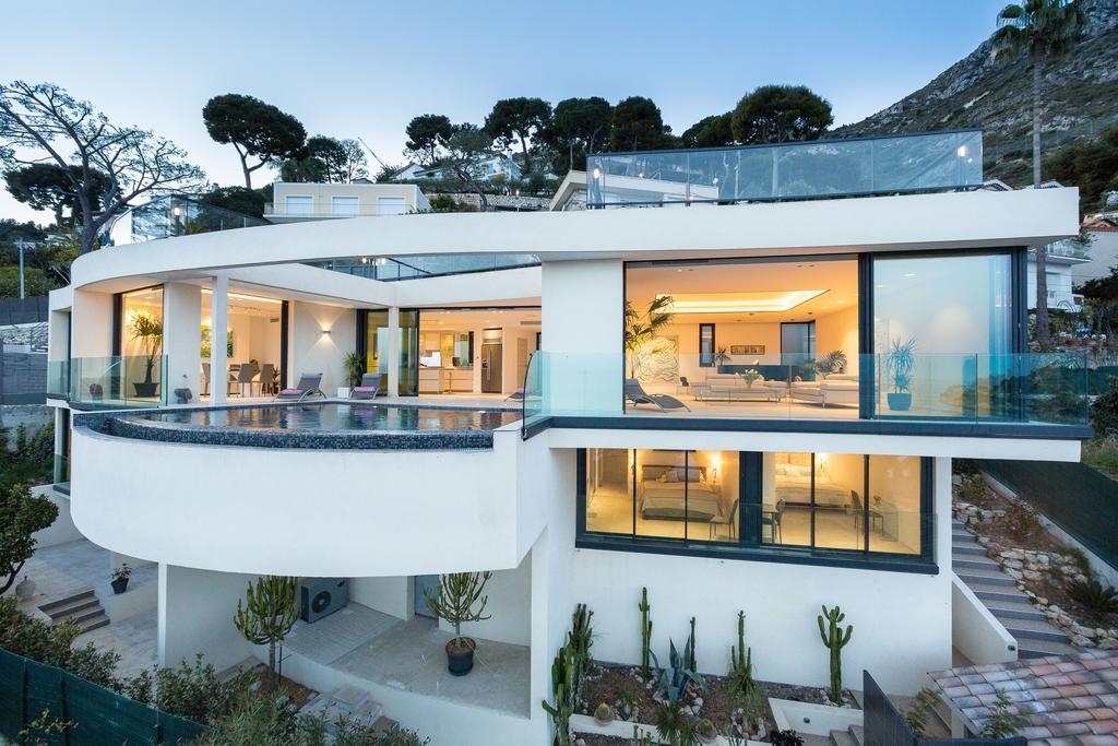 Đặt thuê villa Paradise