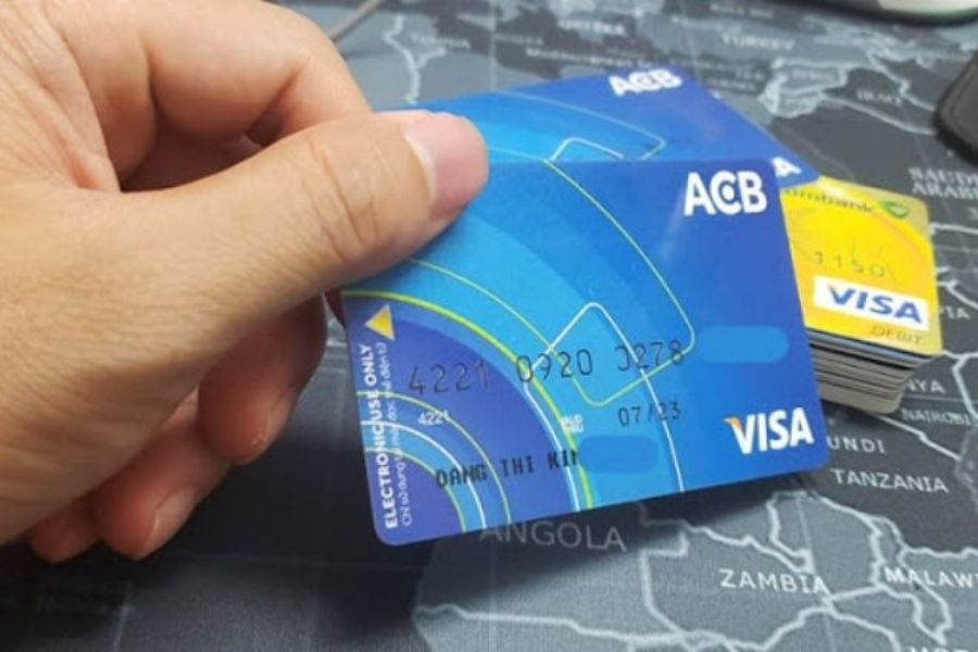 ACB cung cấp cho khách hàng những dịch vụ tiện ích